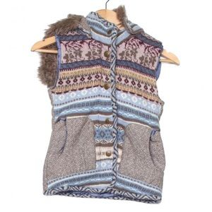 Woven print and fur puffer vest